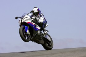 Race bred tech has trickled down in all its glory in the BMW S1000 RR