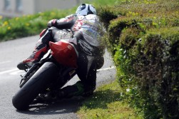 2009 saw Michael Dunlop, son of Robert Dunlop and nephew of Joey, come of age with a victory in the Isle of Man TT races. The youngest TT winner in history had had a close encounter with the hedges earlier in the season at Mackney's Corner at the Cookstown 100, the opening race of the Irish road racing season.