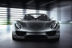 The Porsche 918 spider hybrid is the stone cold show stealer