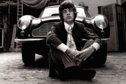 Not sure if Jagger ever owned the Aston. The look was symbiotic, in any case