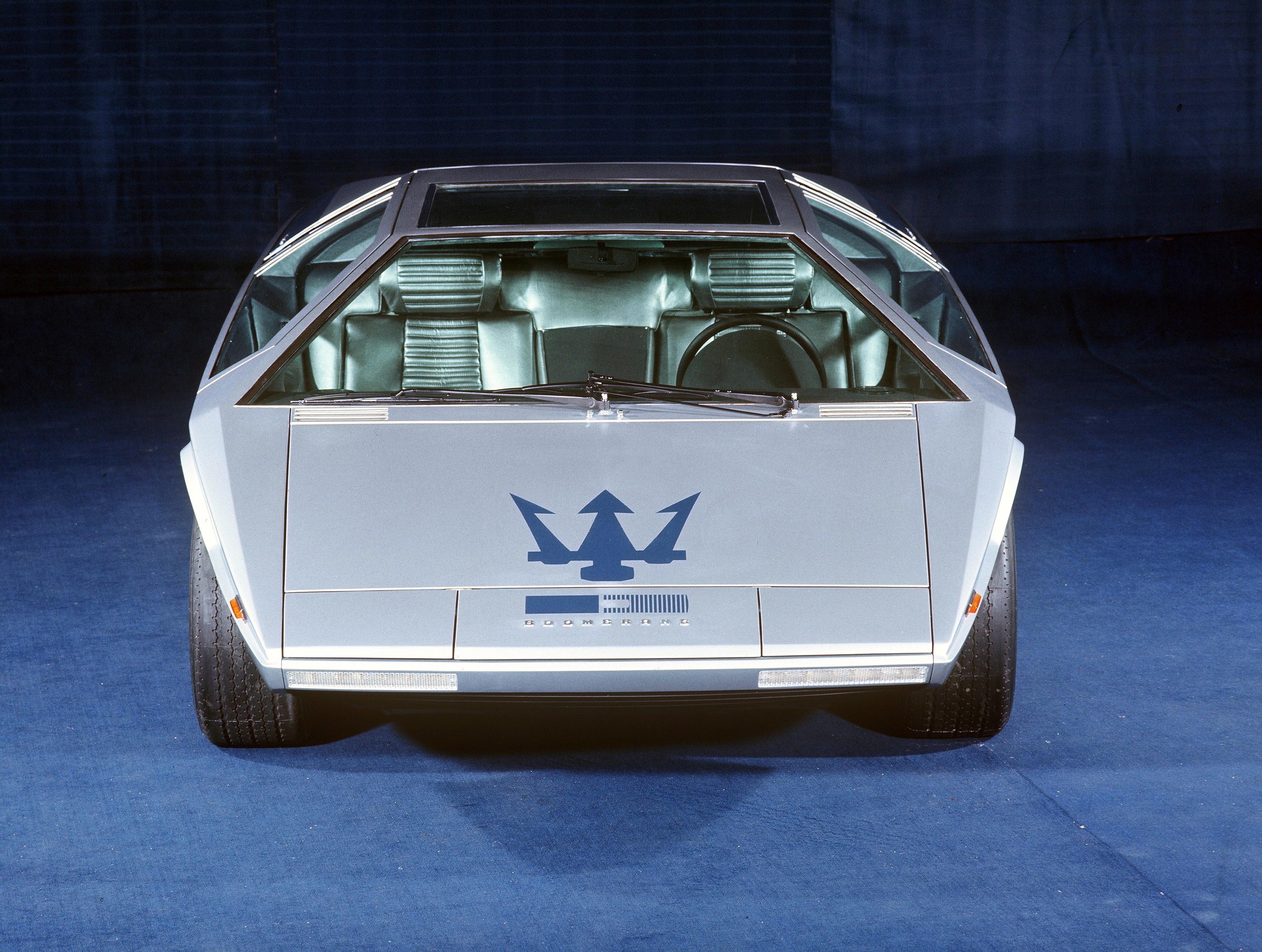the Lotus Esprit M70.