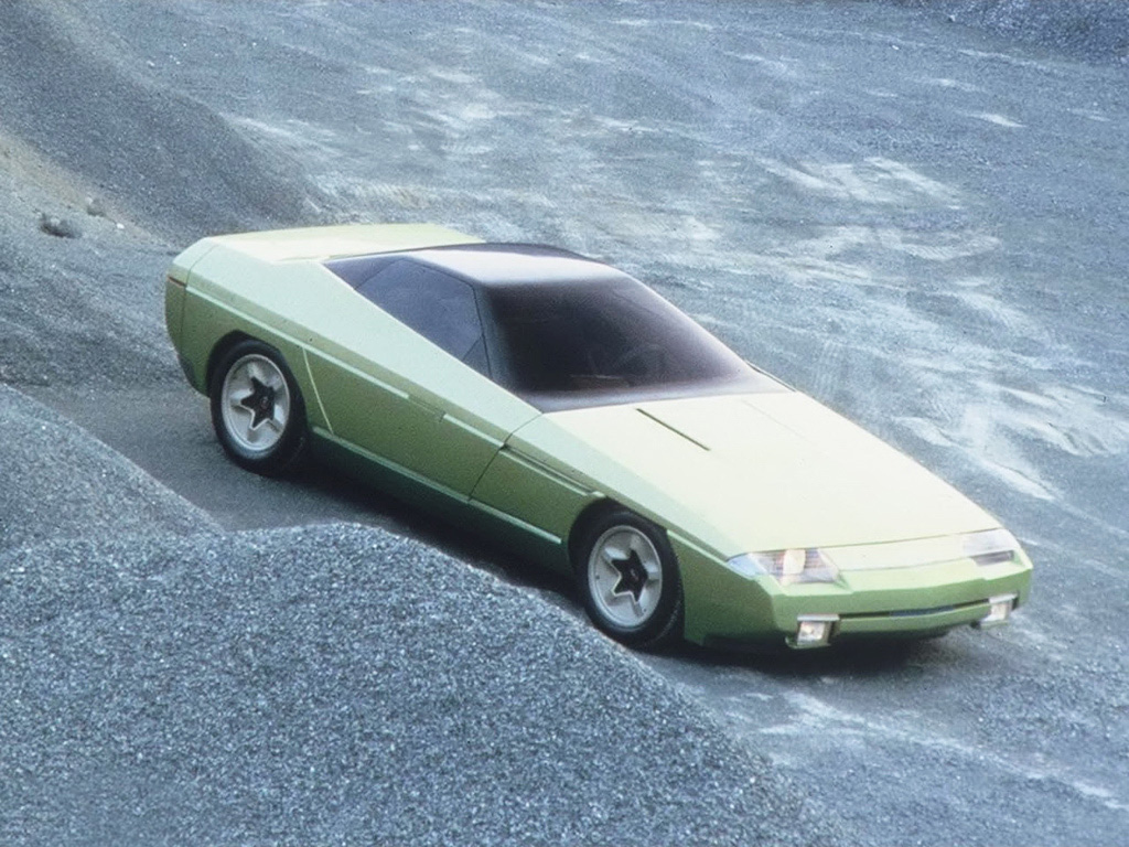 http://www.influx.co.uk/wordpress/wp-content/uploads/2011/05/1984_Bertone_Chevrolet_Ramarro_Concept_01.jpg