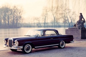 1961_Mercedes-Benz_220SE_coupé_(_W111_)_003_3367-1