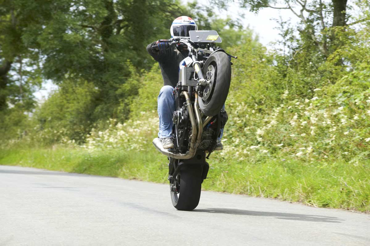 GSXR For Ever ! Le topic du Gex .. - Page 33 Spencer-Evo-Action-103-1-of-1