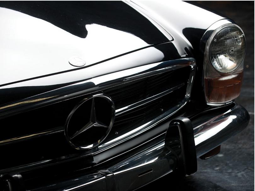 Mercedes-280SL.5