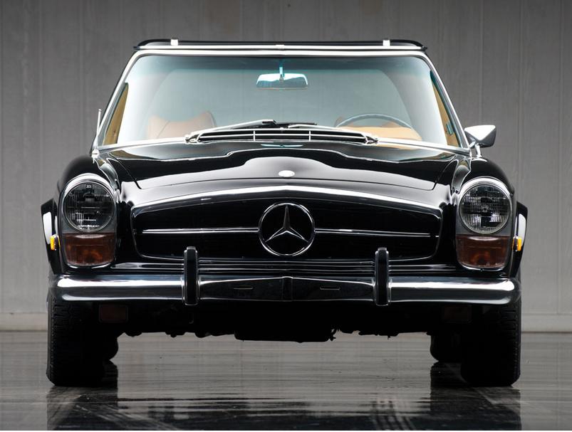 Mercedes-280SL.6