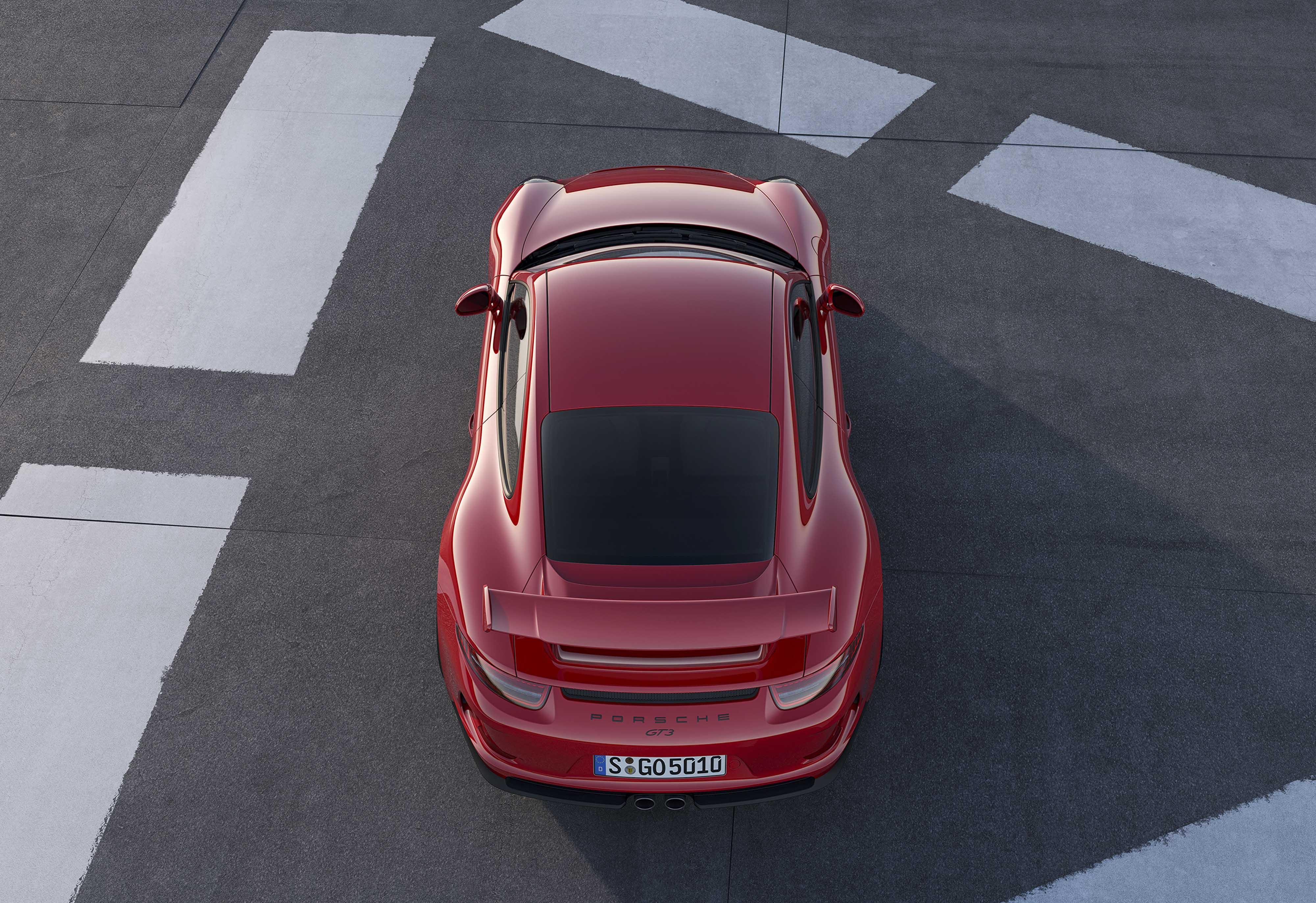 *Porsche-911-GT3-3