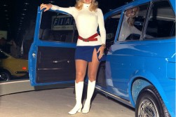 Classic white boots, belt/sweat combo: but is that an AMC?