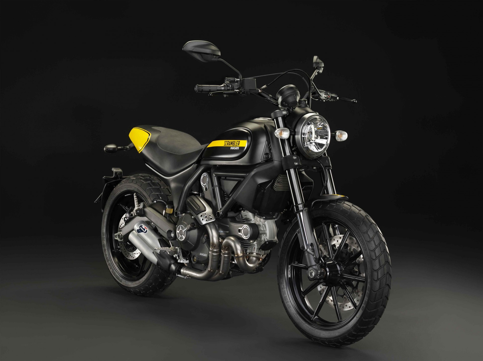 ducati-scrambler-full-throttle-1940x1452