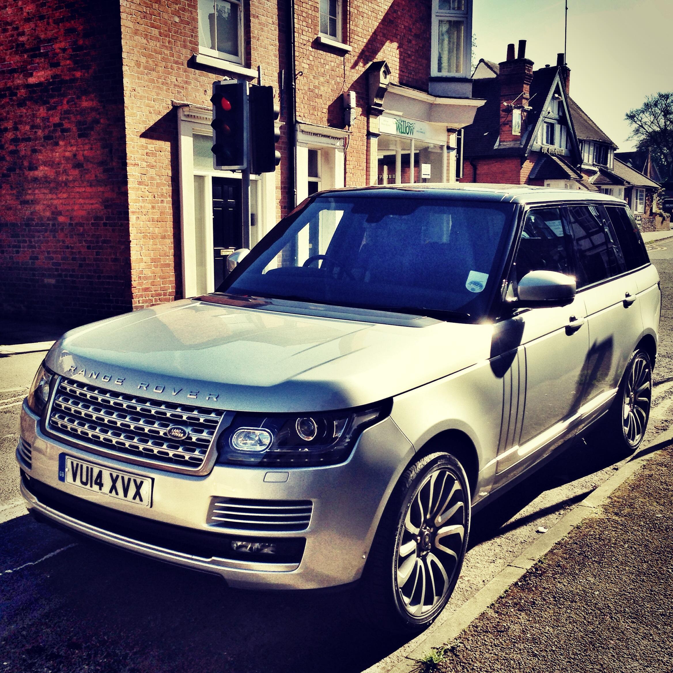 Land-Rover-BS