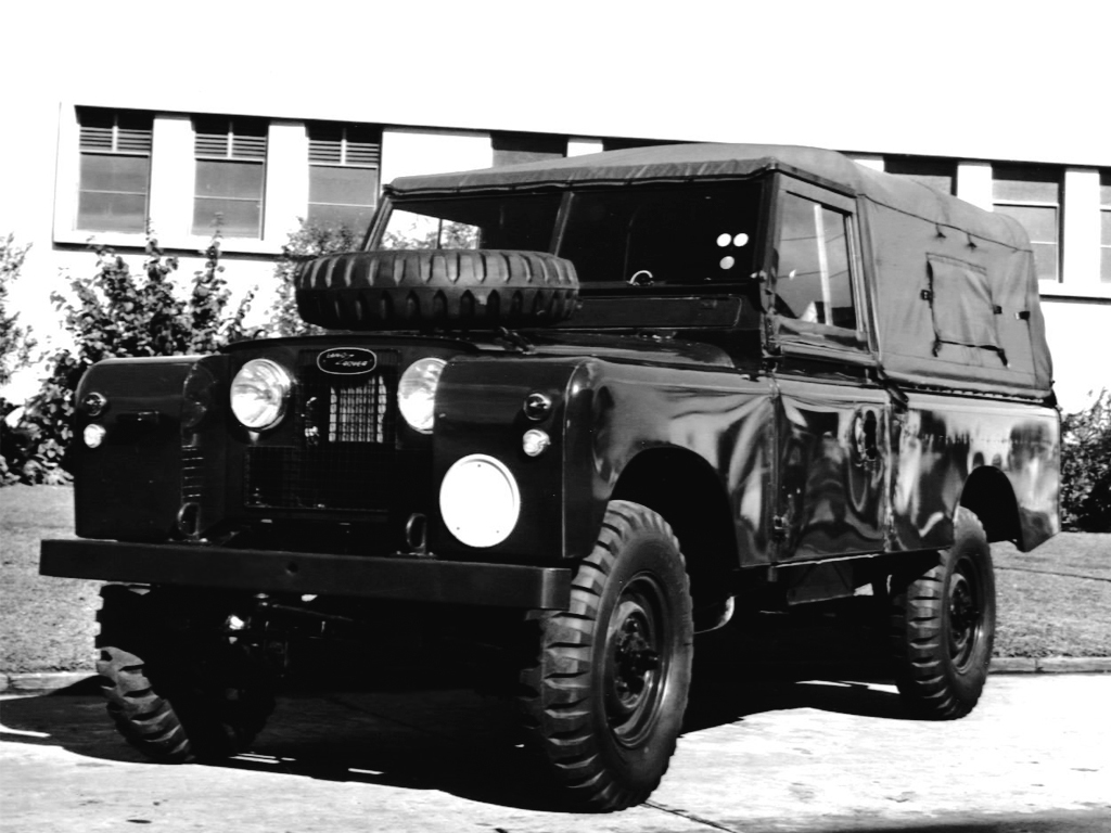land_rover_series_ii_109_ffw_truck_1