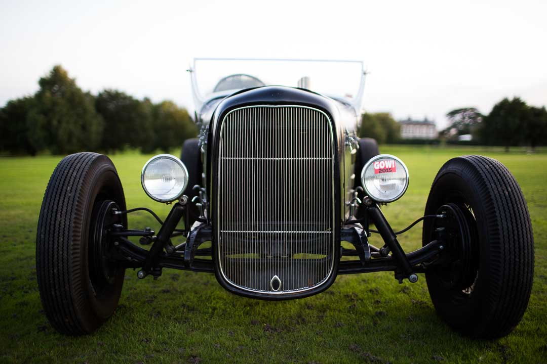 The grille is a 'smoothed' version of a '32 Ford, to give more of a late '40s look.