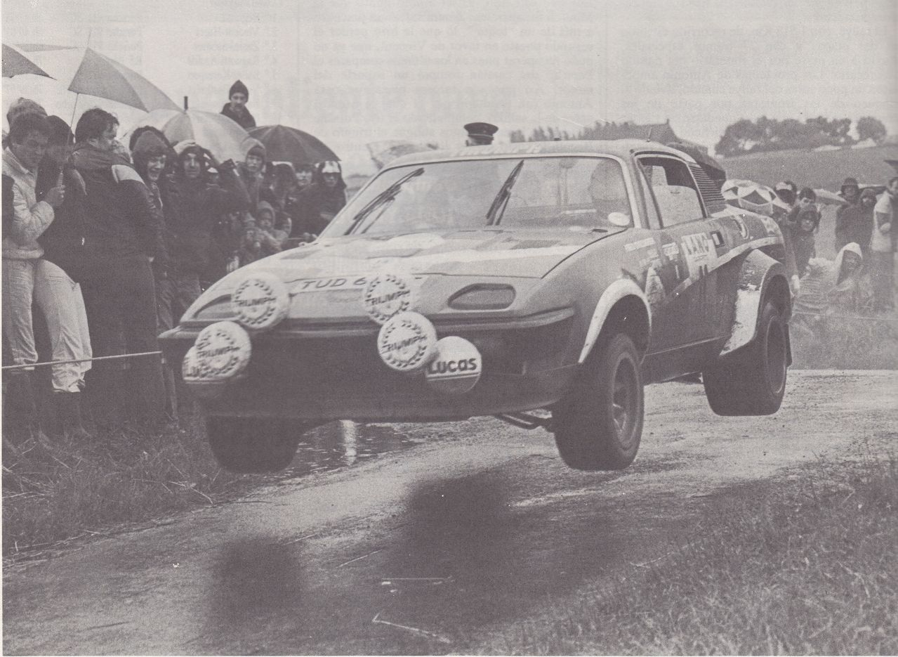 80_24_Uren_van_Ieper_Tony_Pond_Fred_Gallagher_Triumph_TR7_V8_1st_2b