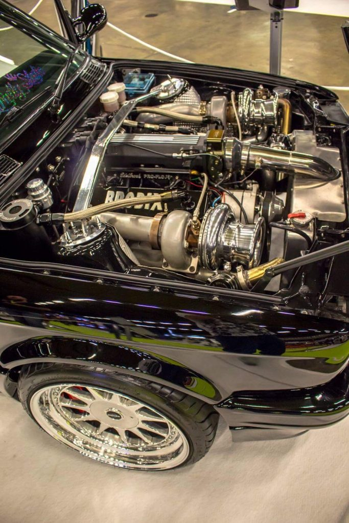 BMW E30 engine