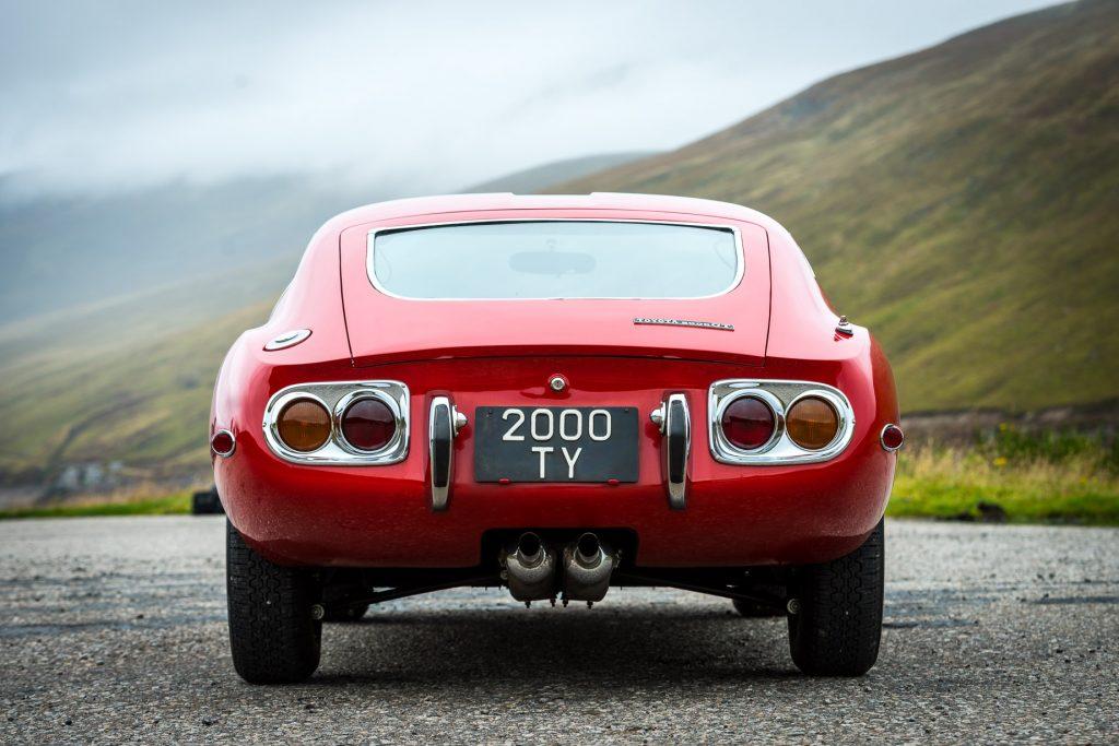 2000GT rear