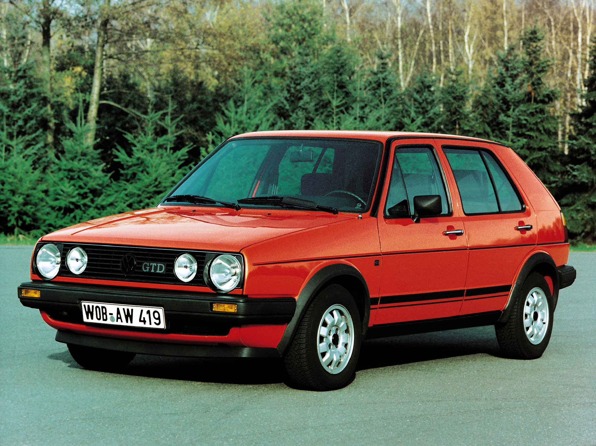 volkswagen golf gtd 35 years of fast and frugal fun influx. Black Bedroom Furniture Sets. Home Design Ideas