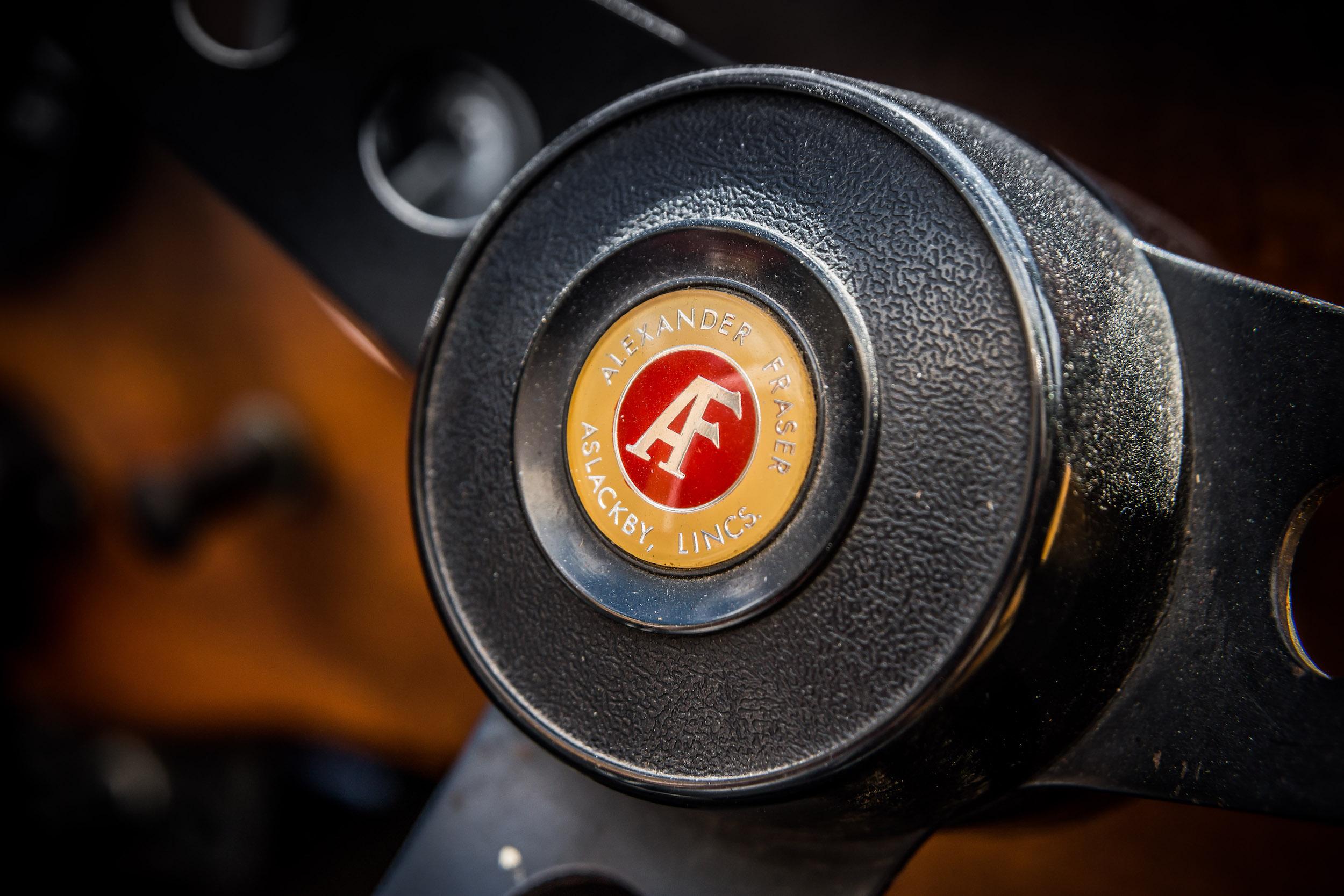 AF Spider steering wheel