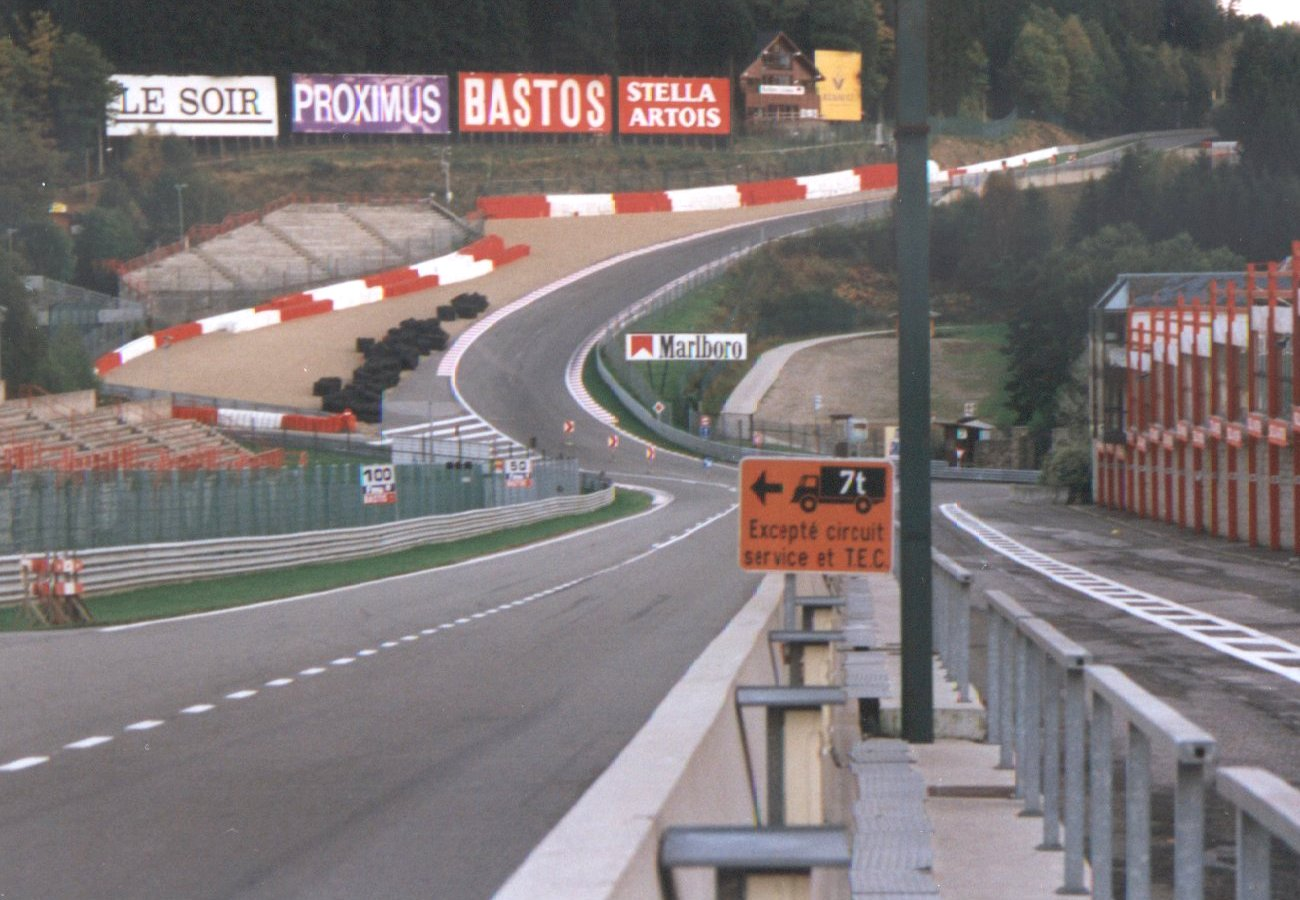 Spa Francorchamps Eau Rouge Radillon