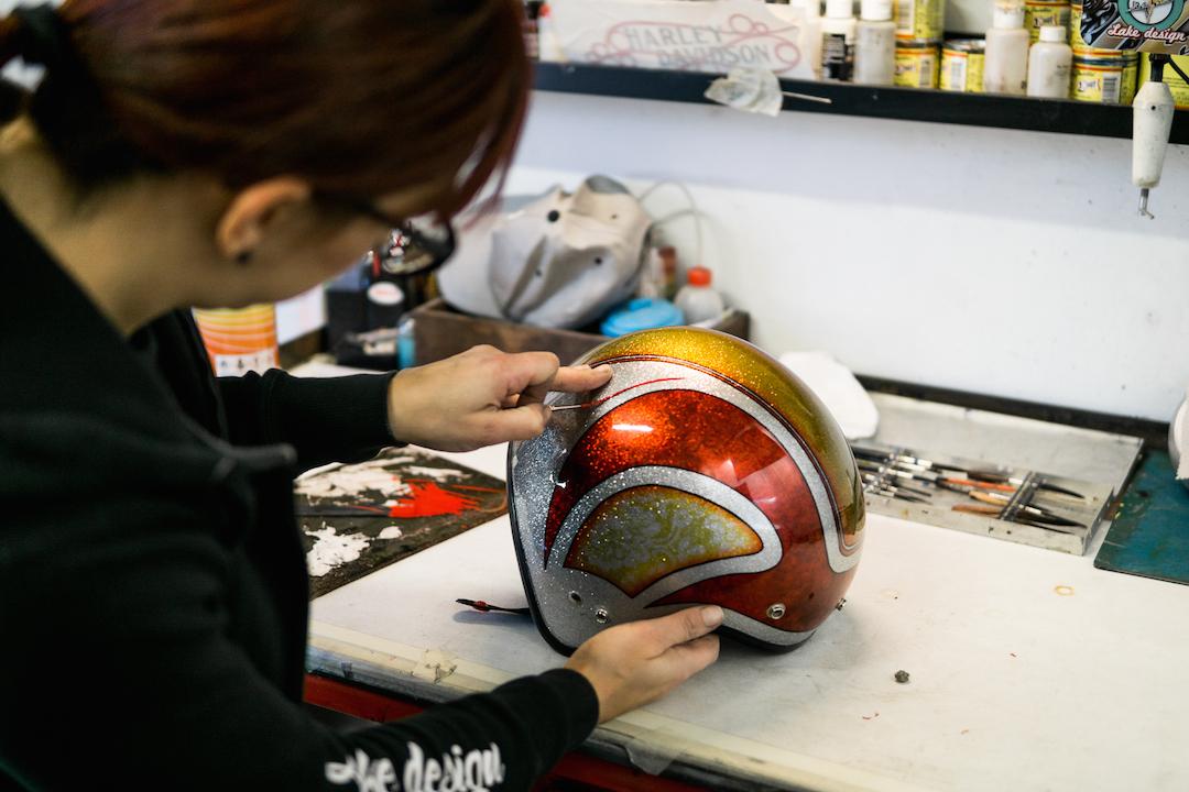 Arianna airbrush helmet