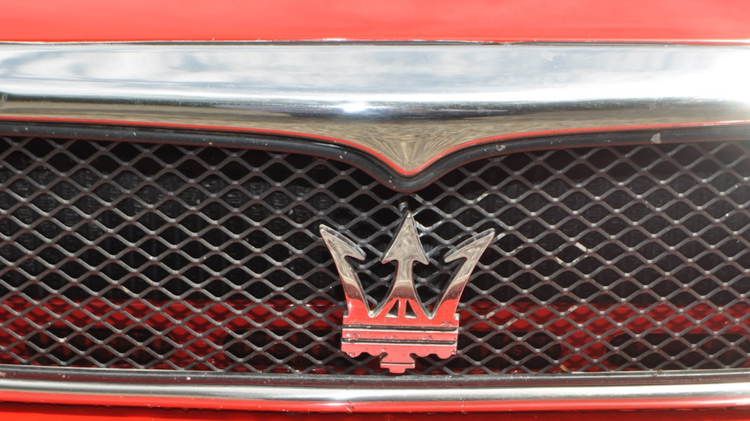 Maserati Karif badge