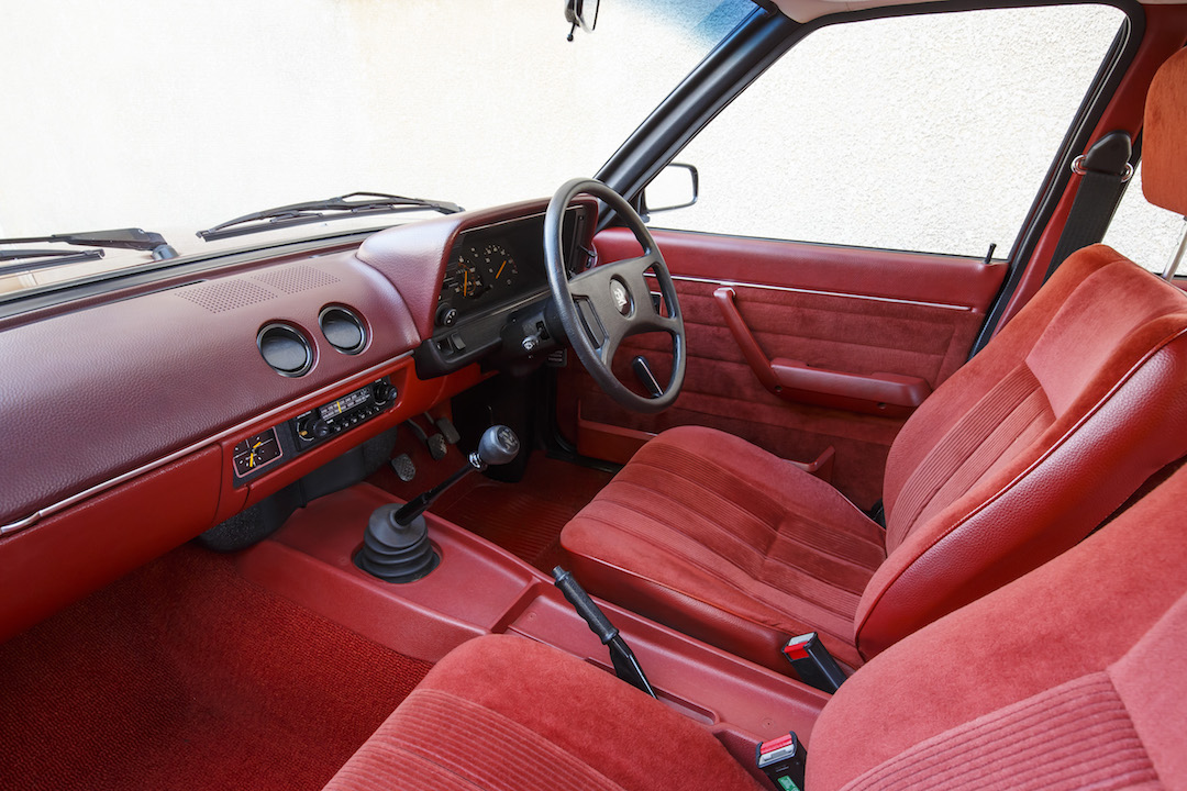Cavalier interior