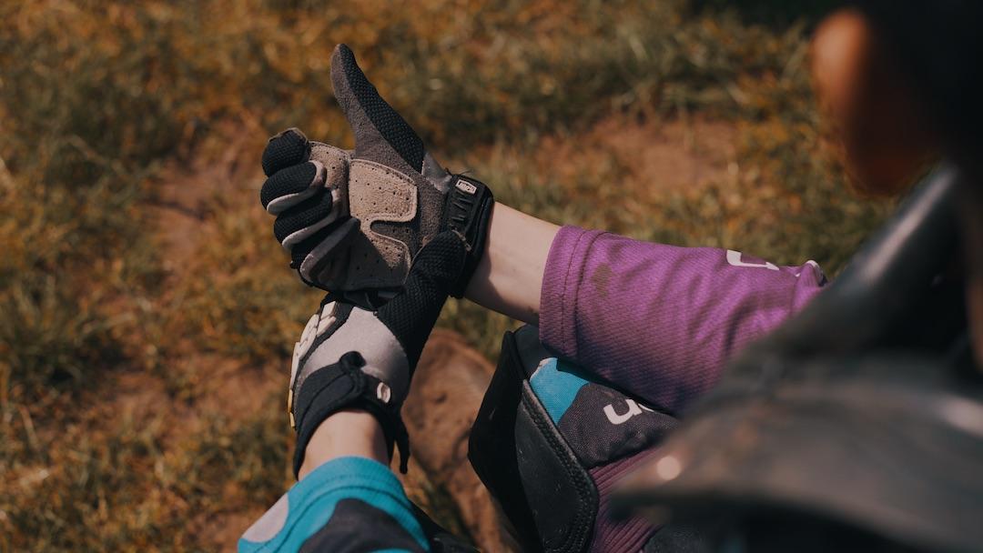 Ashton boughen gloves