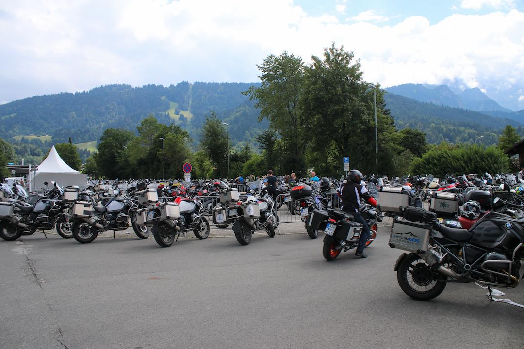 BMW motorbike meetup