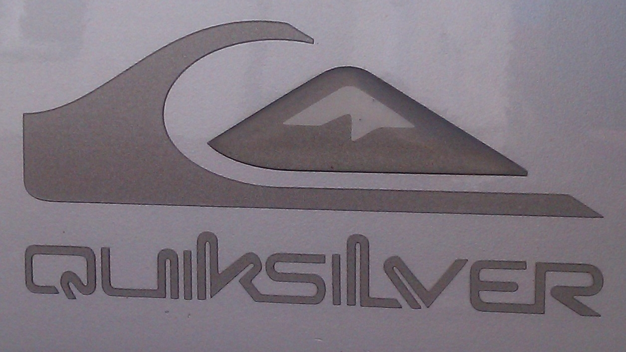 quiksilver logo on 106