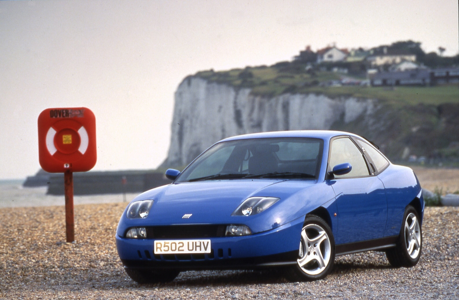 Blue Fiat Coupé